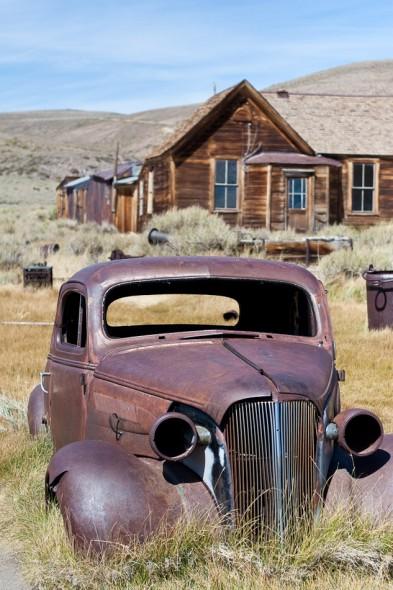 Long abandoned car