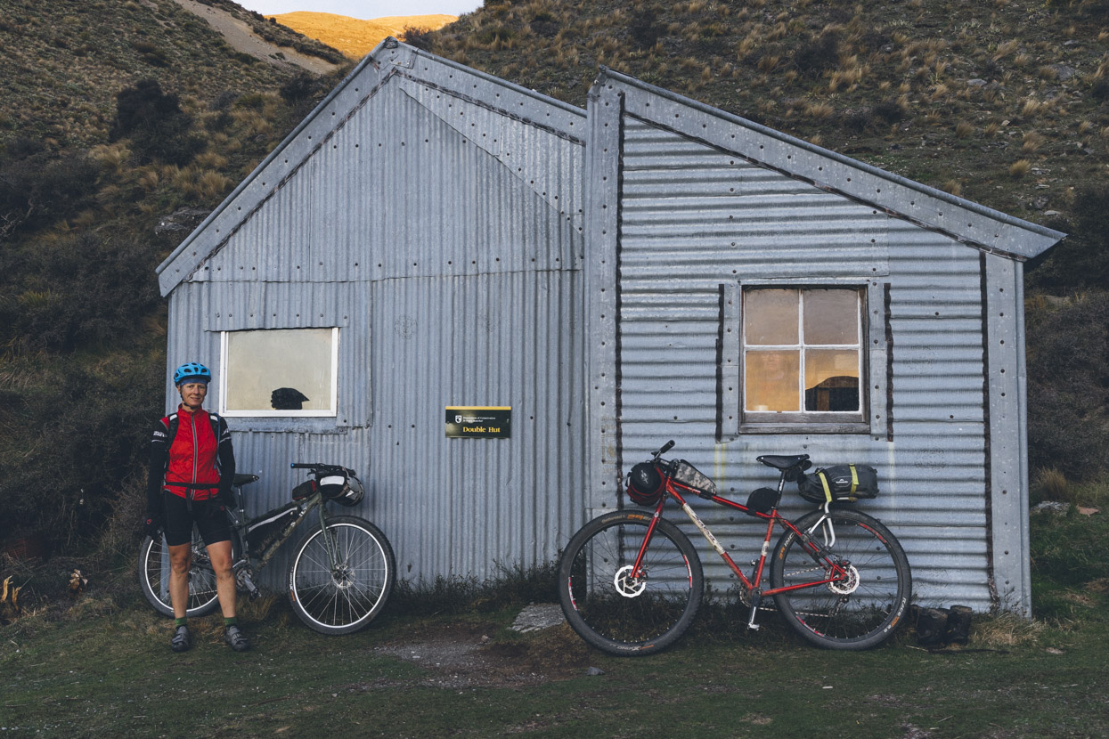 I'd arrived at and departed from this hut in the dark back in late May during my Te Araroa walk so it was great to see this classic building in the daylight. Unfortunately the bunks were full, so we pushed on another 5km to Manuka Hut, an easy ride further south along the TA trail.