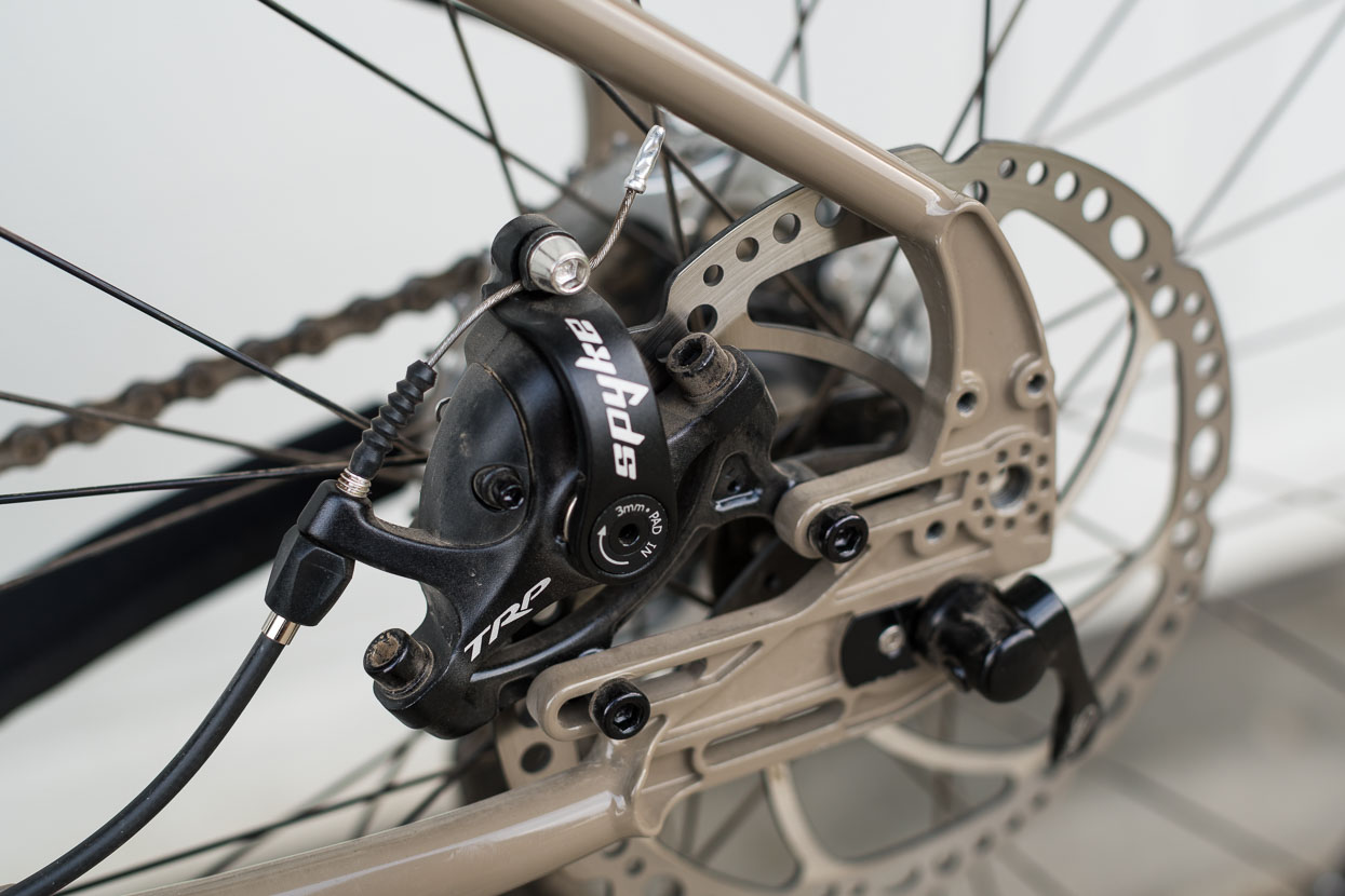 TRP's Spyke dual pull mechanical disc brake with 180mm rotor front and rear (thanks for the inspiration @aotearoapete).