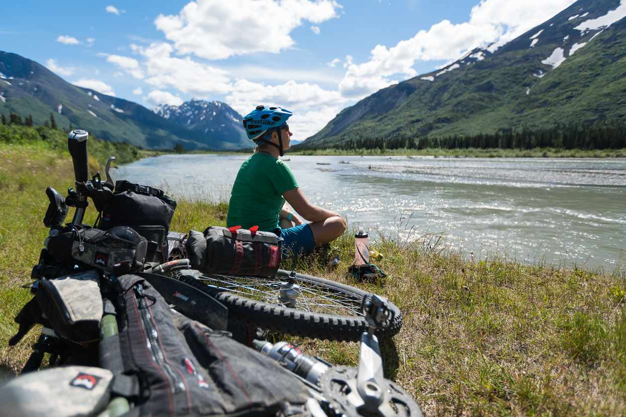 The road from Denali National Park to Cantwell was a shock to the system after the gravel and peace of the park; wide smooth seal, and endless large RVs ripping past, but we did find some peace on the banks of the Nenana River.