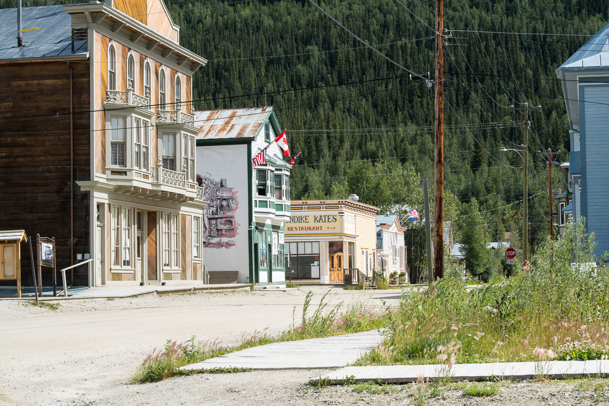 Immediately upon riding into Dawson City one feels as if they are entering a film set. Streets of dirt, authentic historic buildings and frontages and a mixture of the old and new combine to create a town that feels like a novelty, without pretence. We've become used to seeing few holiday makers under the age of 65, so it's refreshing to see young people socialising in bars, hipsters wandering down the streets and a sense of fun in the air.