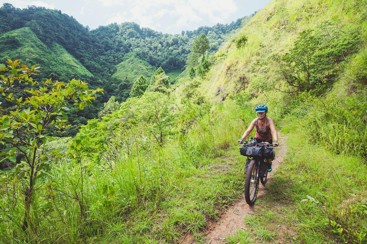 Honduras: Copan – La Ceiba, Highlux Photography