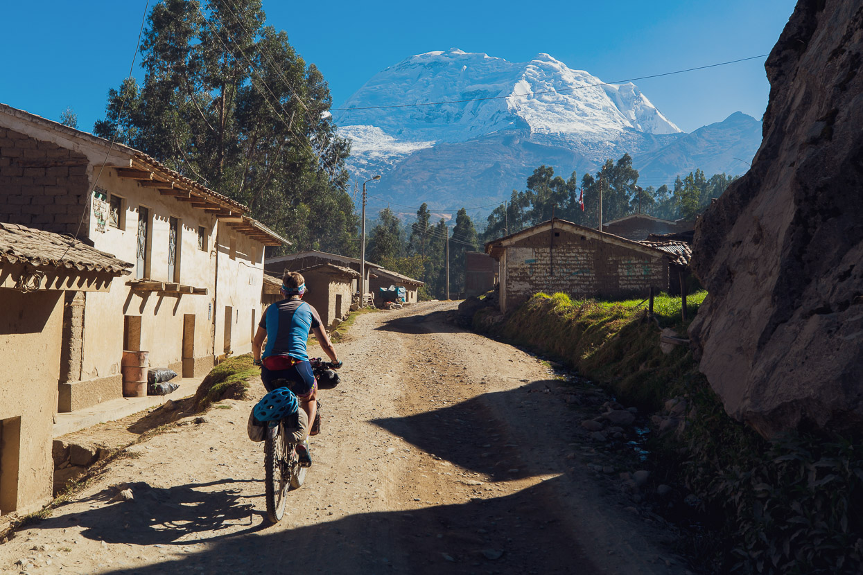 Perú: Carhuaz – Huaraz via Punta Olímpica & Quebrada Honda, Highlux Photography