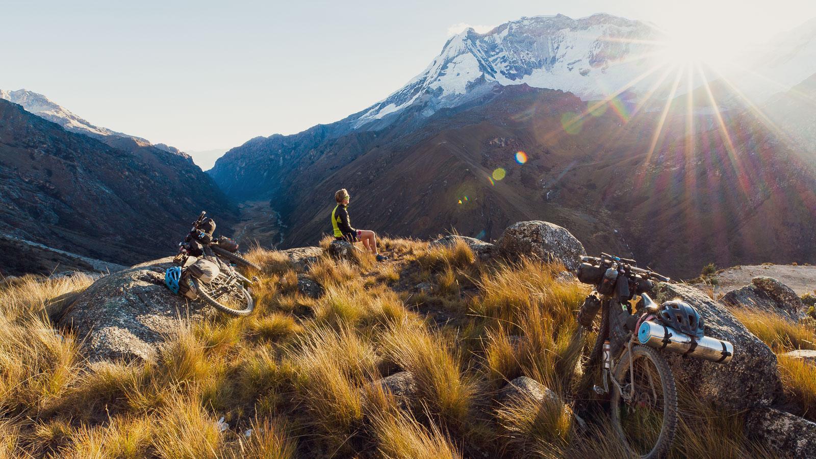 Perú: Carhuaz – Huaraz via Punta Olímpica & Quebrada Honda