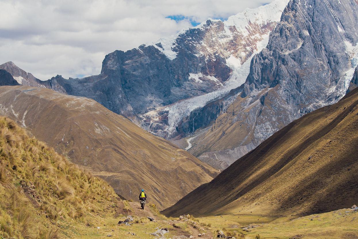 Perú: Huallanca – Oyon, Bikepacking the Cordillera Huayhuash, Highlux Photography