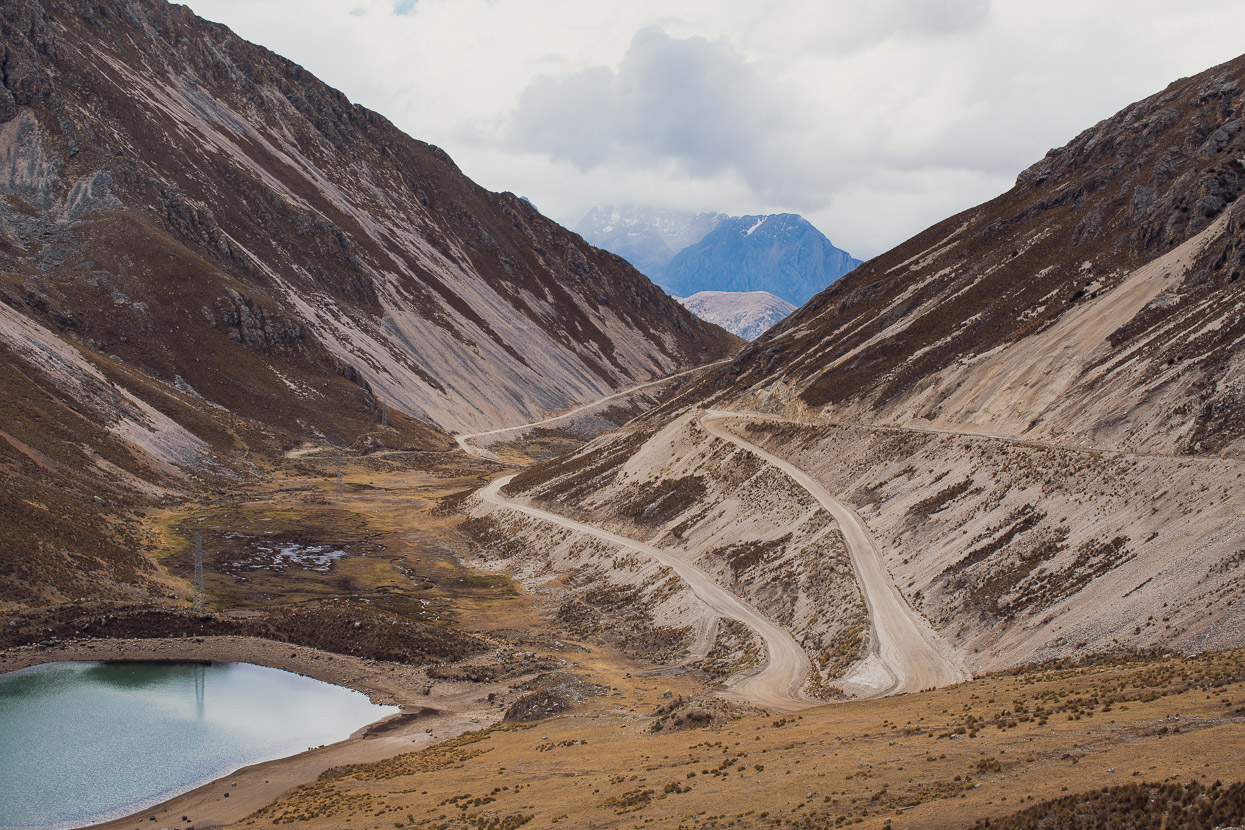 Perú Divide: Oyon – Chicla, Highlux Photography