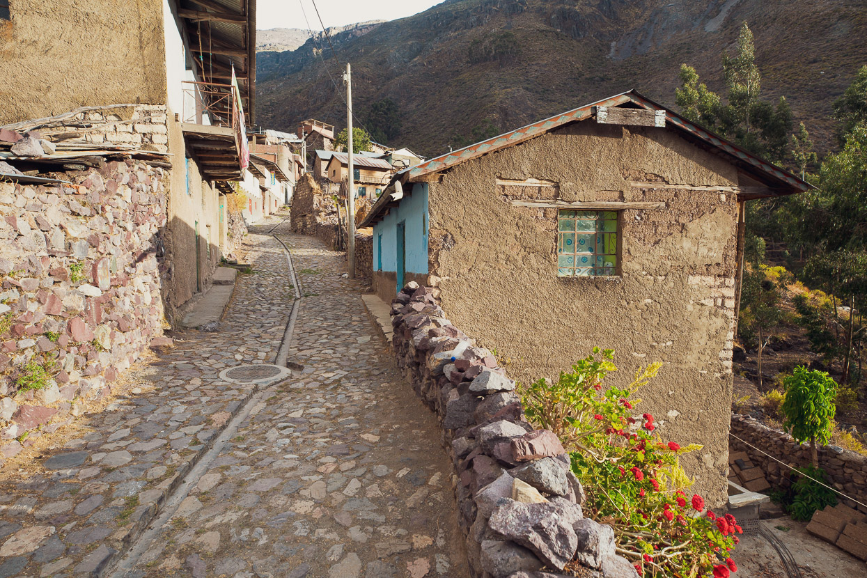 Perú Divide: Chicla – Huancavelica, Highlux Photography
