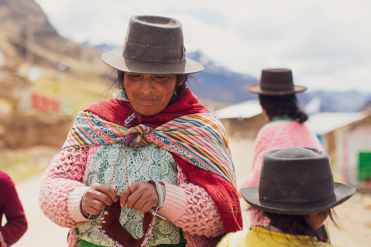 Perú Divide: Huancavelica – Totos, Highlux Photography