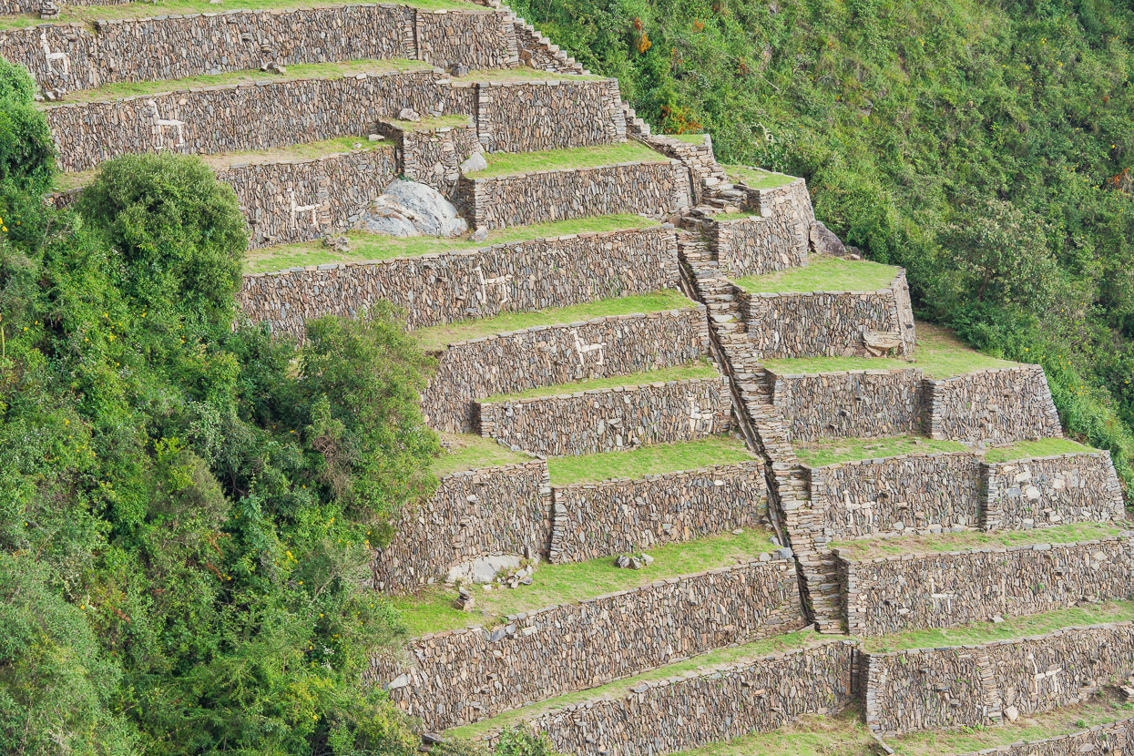 Perú: Hiking to the Inca Ruins of Choquequirao, Highlux Photography