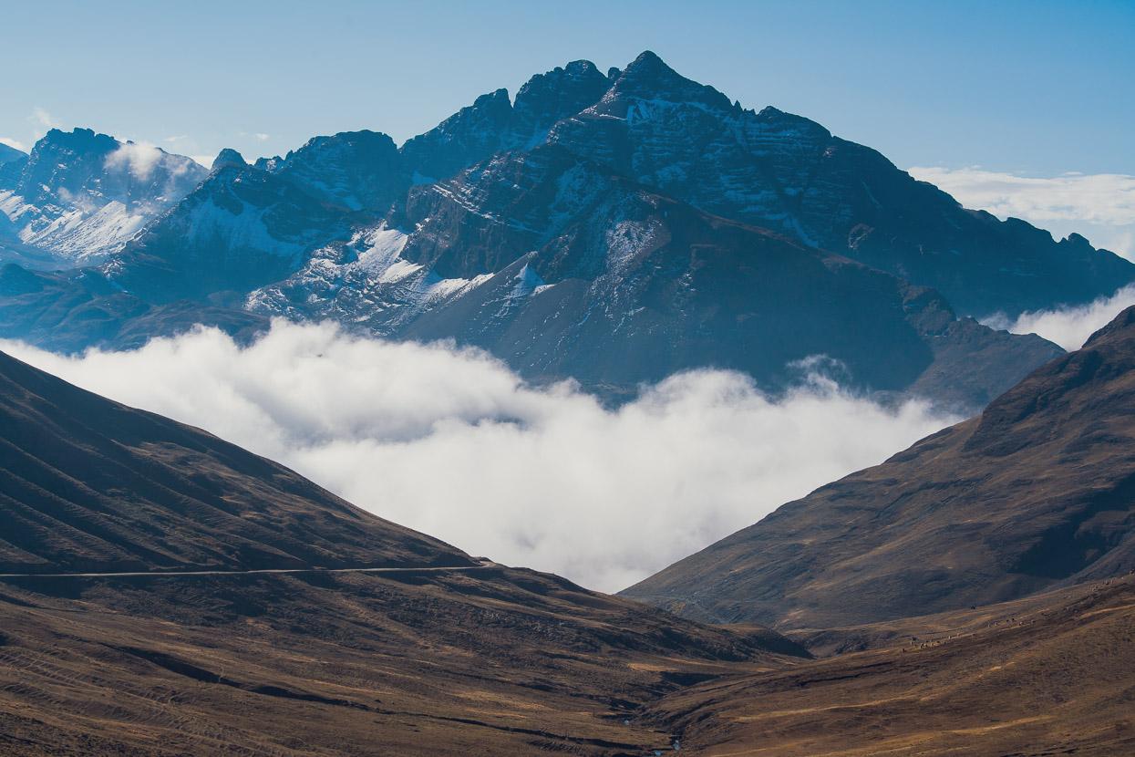 Bolivia: Charazani – Sorata via Llica Canyon, Highlux Photography