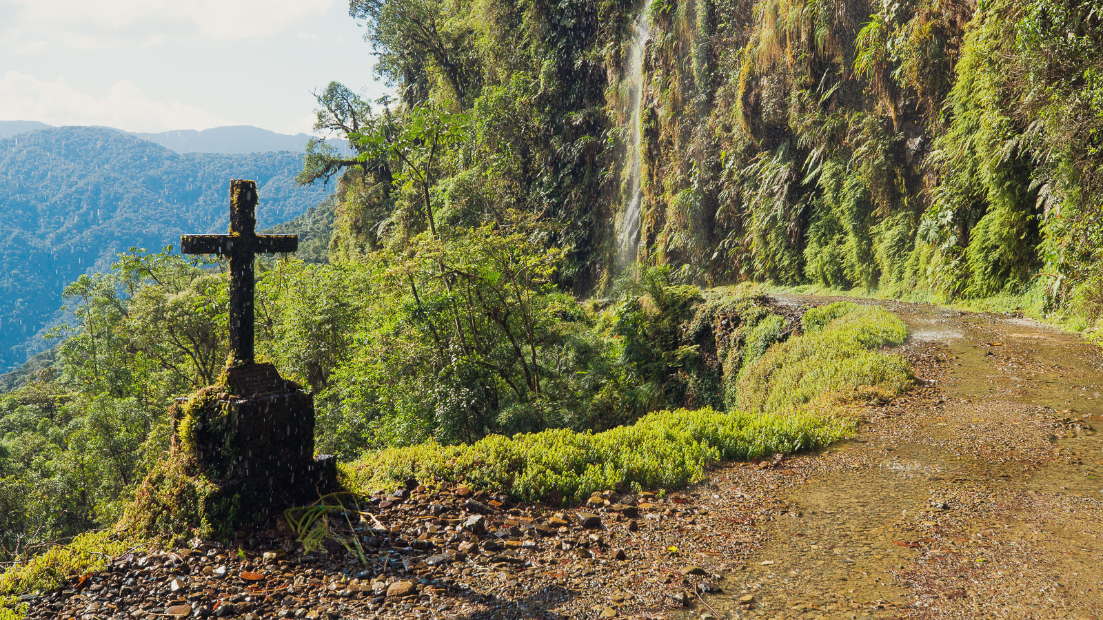 Bolivia: Bikepacking the El Choro Trek & the Death Road